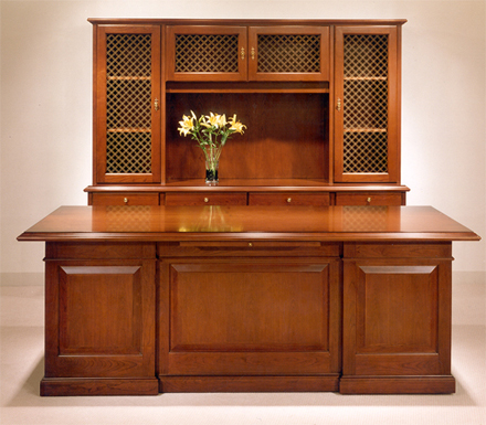 Gianni Heritage Desk and Credenza in a classic configuration